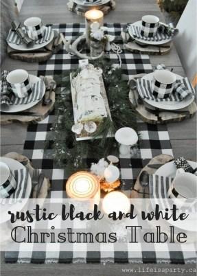 Wonderful Black Christmas Decorations Ideas That Amaze You 43