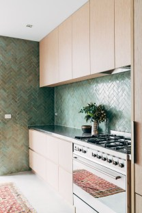 Affordable Kitchen Wall Tile Design Ideas To Try Right Now 03