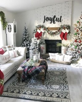 Beautiful Coastal Christmas Decor Ideas For Apartment To Try 23