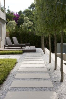 Beautiful Home Yard Design Ideas To Try Asap 22