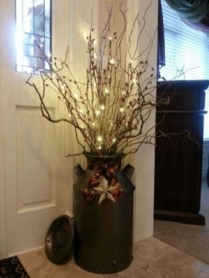 Comfy Christmas Front Porch Decor Ideas To Looks More Elegant 26