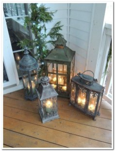 Comfy Christmas Front Porch Decor Ideas To Looks More Elegant 39