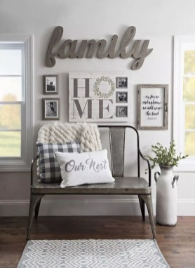 Comfy Farmhouse Living Room Decor Ideas To Try This Year 18