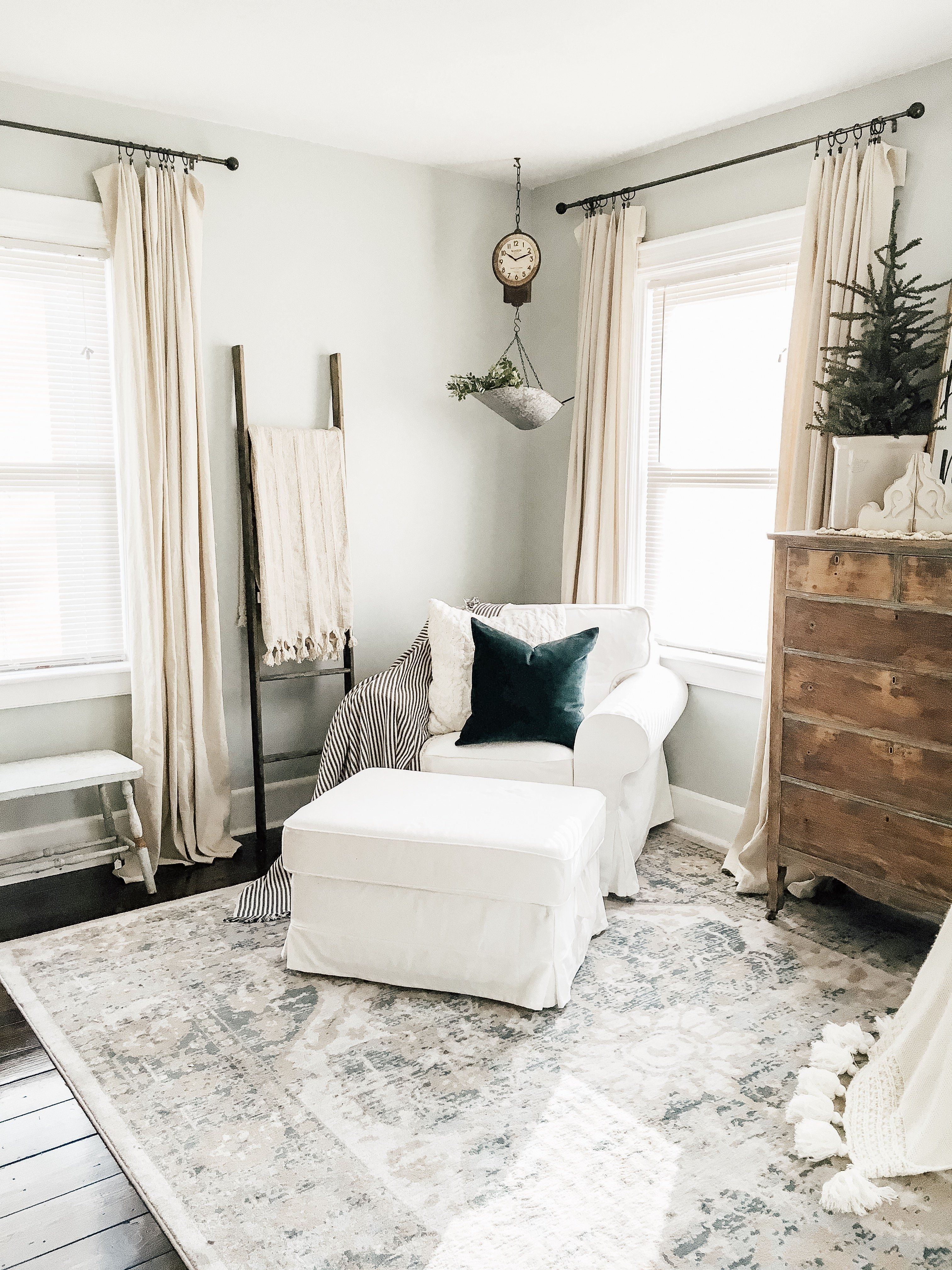Comfy Farmhouse Living Room Decor Ideas To Try This Year 31