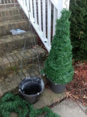 Cozy Outdoor Christmas Decor Ideas To Have Asap 17