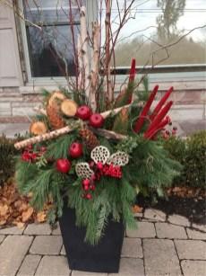 Cozy Outdoor Christmas Decor Ideas To Have Asap 23