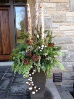 Cozy Outdoor Christmas Decor Ideas To Have Asap 29