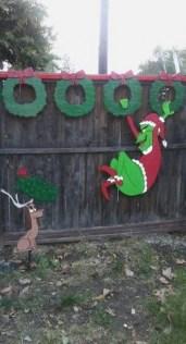 Cozy Outdoor Christmas Decor Ideas To Have Asap 31