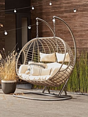 Creative Swing Chairs Garden Ideas That Looks Adorable 40
