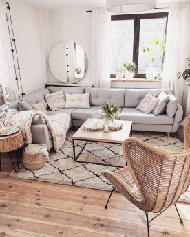 Cute Living Room Design Ideas For You To Create 24