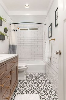 Enjoying Small Bathroom Floor Tile Design Ideas To Inspire You 41