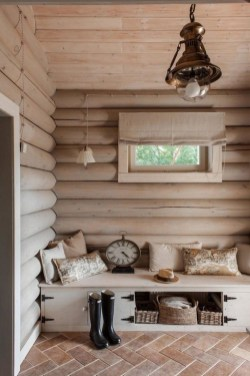 Affordable Small Log Cabin Ideas With Awesome Decoration 08