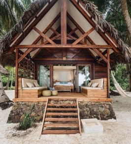 Affordable Small Log Cabin Ideas With Awesome Decoration 12