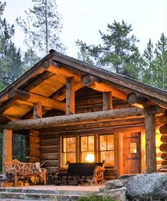 Affordable Small Log Cabin Ideas With Awesome Decoration 14