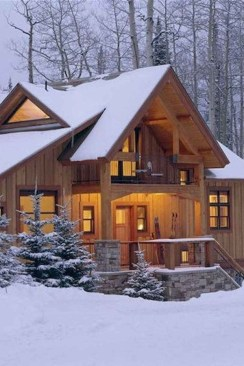 Affordable Small Log Cabin Ideas With Awesome Decoration 18