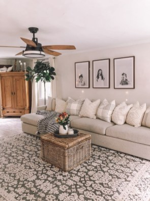 Attractive Family Room Designs Ideas That Will Inspire You 16