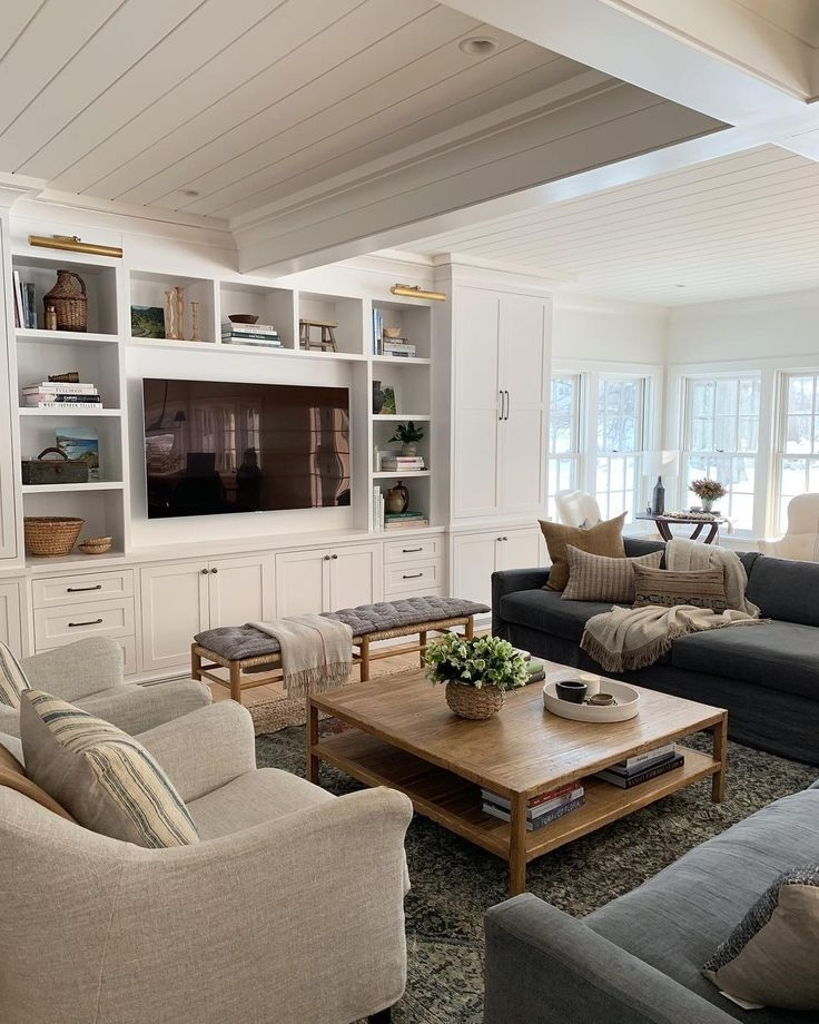 Attractive Family Room Designs Ideas That Will Inspire You 37