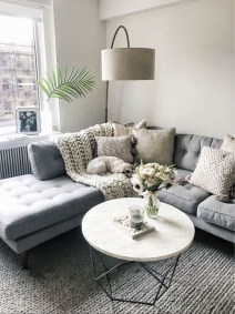 Cozy Apartment Living Room Decorating Ideas That You Need To Try 02
