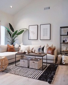 Cozy Apartment Living Room Decorating Ideas That You Need To Try 05