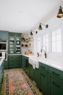 Elegant Farmhouse Kitchen Cabinet Makeover Design Ideas That Very Cozy 14