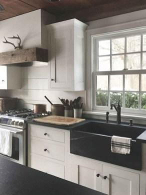 Elegant Farmhouse Kitchen Cabinet Makeover Design Ideas That Very Cozy 27