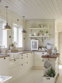 Elegant Farmhouse Kitchen Cabinet Makeover Design Ideas That Very Cozy 40
