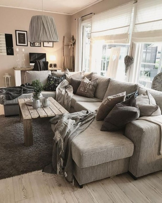 Excellent Living Room Decoration Ideas For Winter Season That Look More Cool 50