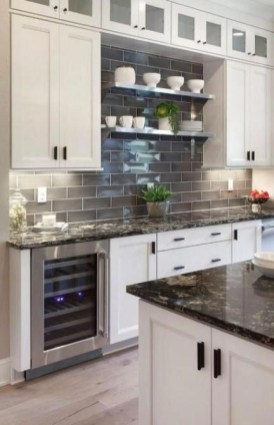 Fabulous Farmhouse Kitchen Backsplash Design Ideas To Copy 26