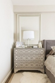 Impressive Bedroom Dressers Design Ideas With Mirrors That You Need To Try 29