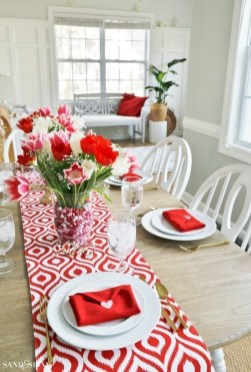 Lovely Valentines Day Table Centerpieces Ideas To Try Asap 10