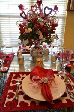 Lovely Valentines Day Table Centerpieces Ideas To Try Asap 13