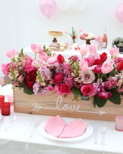 Lovely Valentines Day Table Centerpieces Ideas To Try Asap 30