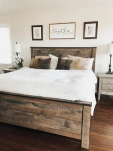 Pretty Farmhouse Master Bedroom Ideas To Try Asap 01