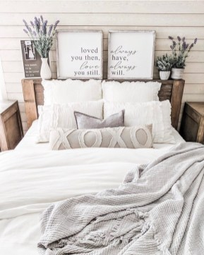 Pretty Farmhouse Master Bedroom Ideas To Try Asap 06