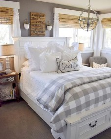 Pretty Farmhouse Master Bedroom Ideas To Try Asap 21