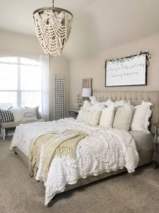 Pretty Farmhouse Master Bedroom Ideas To Try Asap 28