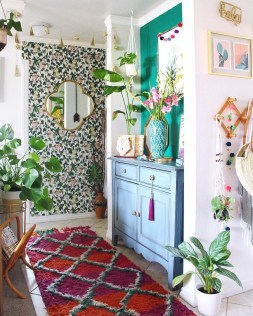 Sophisticated Home Decoration Ideas With Green Paint Combination 05