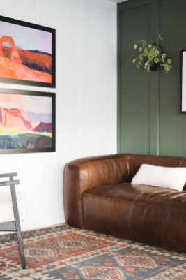 Sophisticated Home Decoration Ideas With Green Paint Combination 25