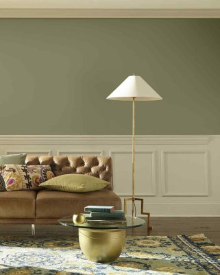 Sophisticated Home Decoration Ideas With Green Paint Combination 26