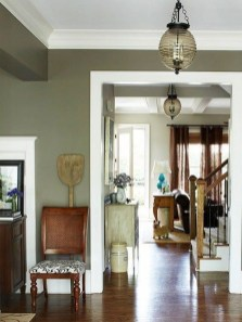 Sophisticated Home Decoration Ideas With Green Paint Combination 41