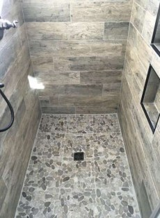 Spectacular Tile Shower Design Ideas For Your Bathroom 02