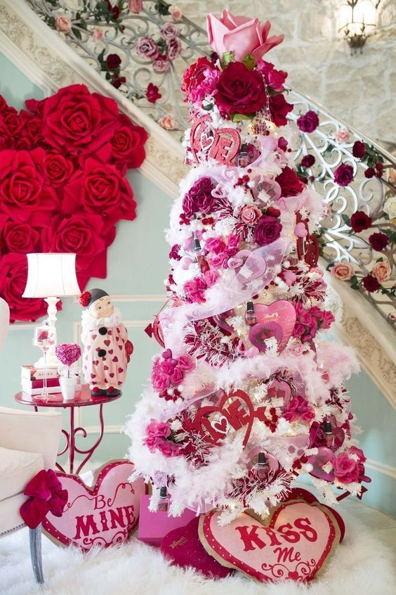Stylish Valentines Day Decoration Ideas That You Will Love It 37