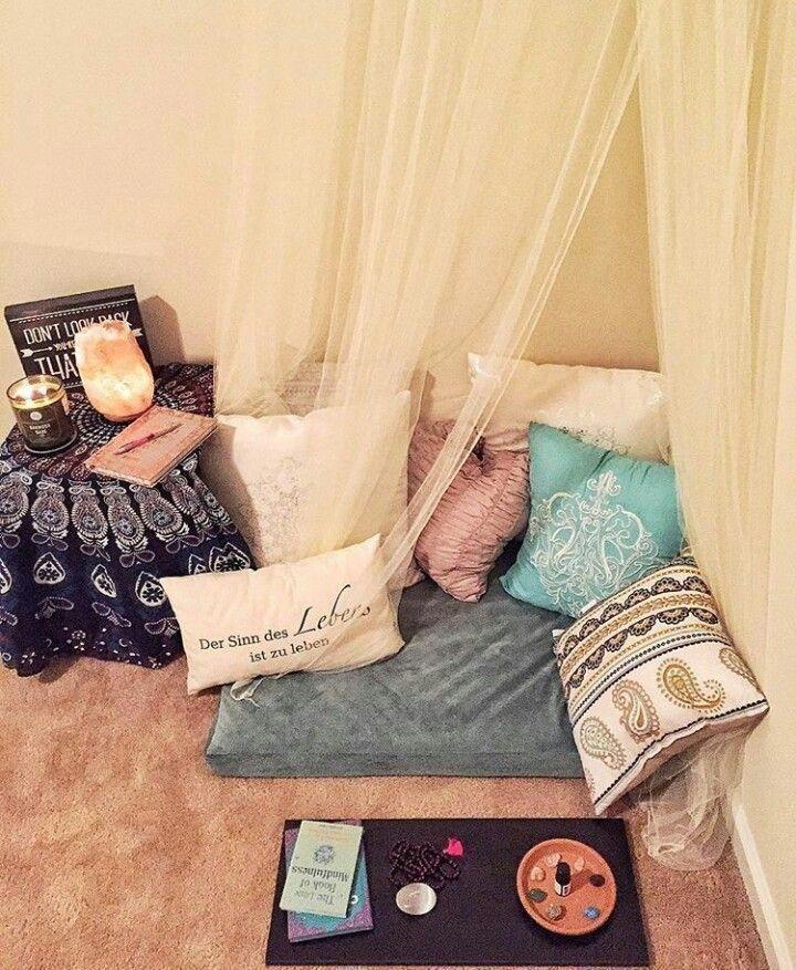 Amazing Praying Room Design Ideas To Bring Your Ramadan More Beautiful 04