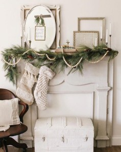 Brilliant Tropical Winter Decor Ideas That Bring Your Home Into Holiday Feel 01