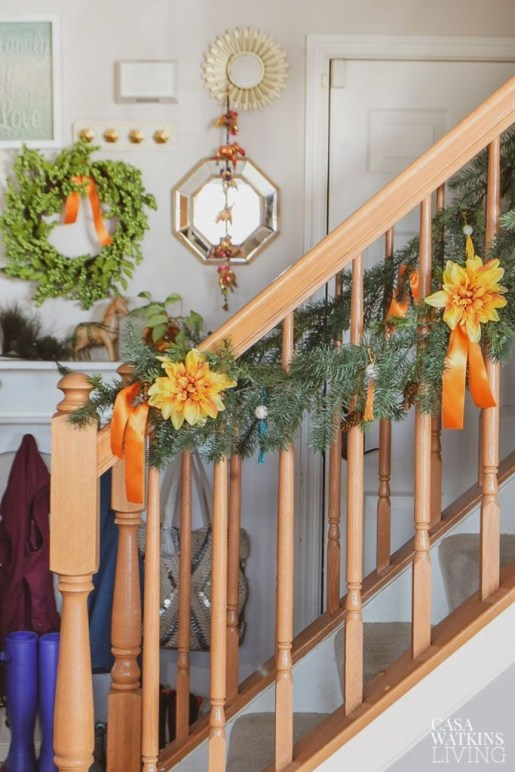 Brilliant Tropical Winter Decor Ideas That Bring Your Home Into Holiday Feel 37