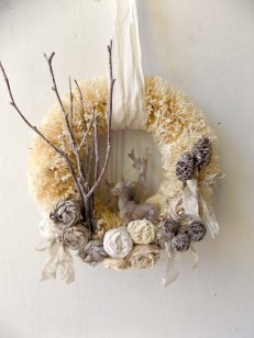 Gorgeous Scandinavian Winter Wreaths Ideas With Natural Spirit 20