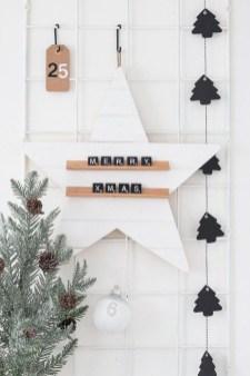 Gorgeous Scandinavian Winter Wreaths Ideas With Natural Spirit 41