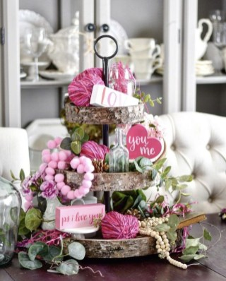 Outstanding Valentine Day Decorations Ideas That You Will Love 36