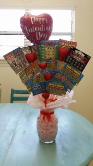 Outstanding Valentine Day Decorations Ideas That You Will Love 41