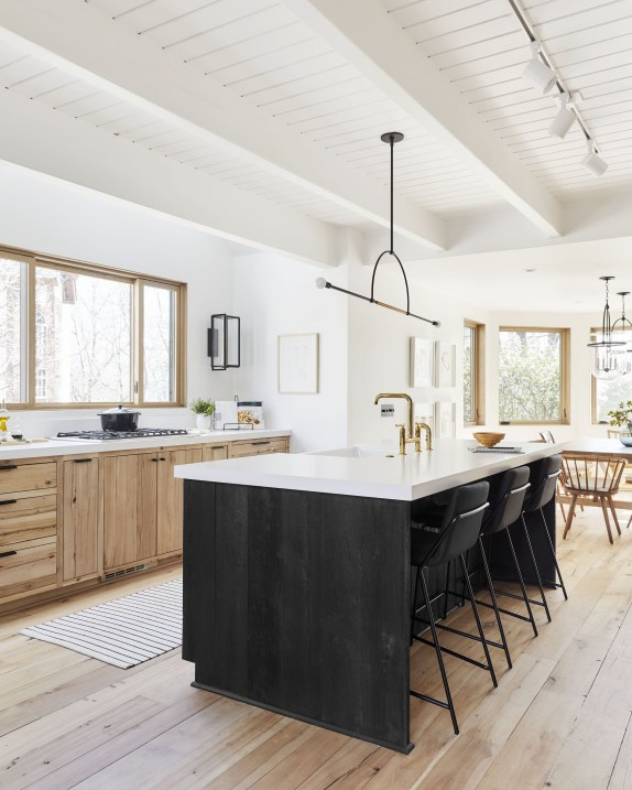 Pretty Scandinavian House Design Ideas With Wood Characteristics To Try 37